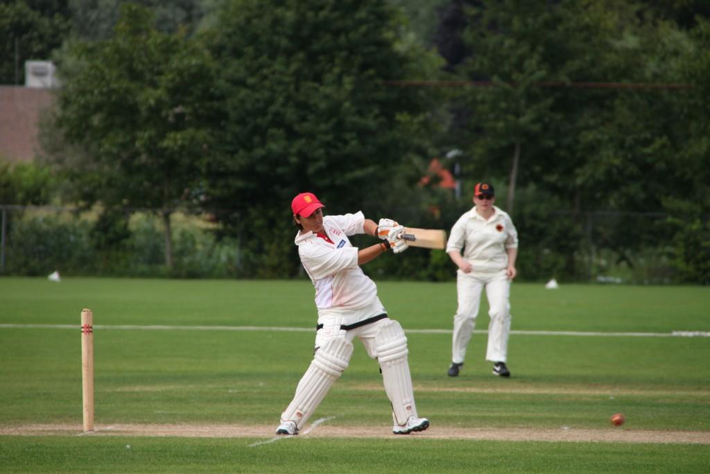 Michelle Leerson (Jersey) batting
